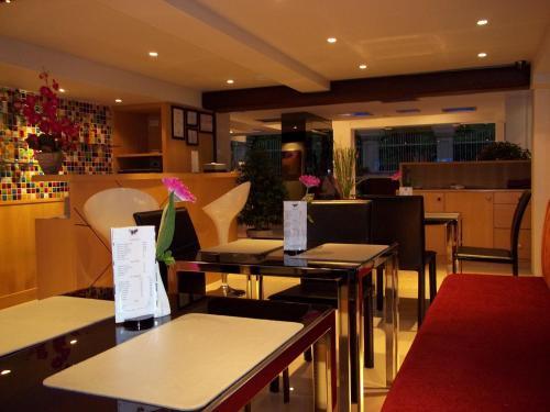 Paradiso Boutique Suites photo 5