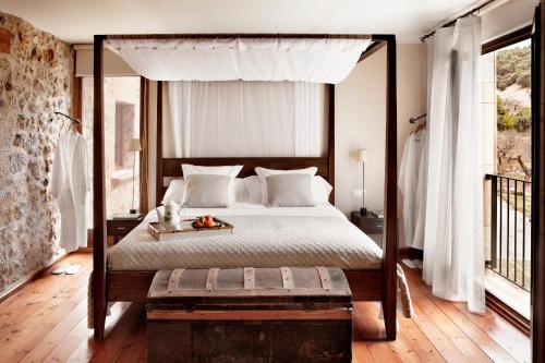 Double Room Peñarroya Hotel Mas de la Serra 4
