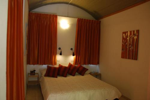 Neve Shalom Hotel szoba-fotók