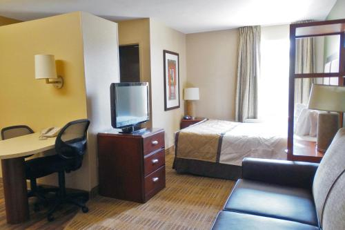 Extended Stay America - Denver - Tech Center - Central - Englewood, CO 80111