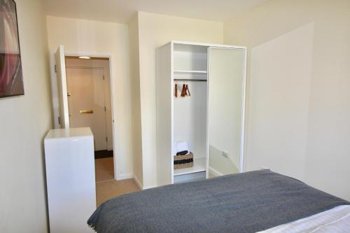 Marlborough Court Apartments photo 28