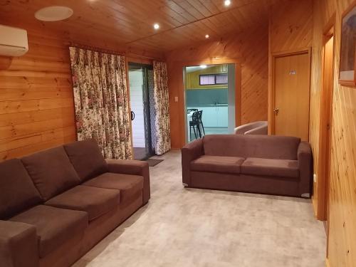 Фото отеля Bicheno Cabin Park