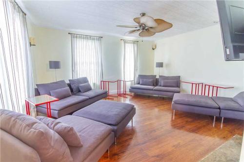 Sea Biscuit - Three Bedroom Home - Daytona Beach, FL 32118