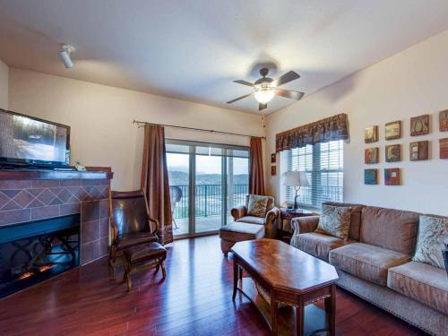 Pinnacle Condo - Two Bedroom Condominium