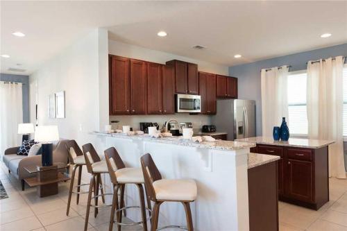 Reunion Genie - Six Bedroom Home - Kissimmee, FL 34747