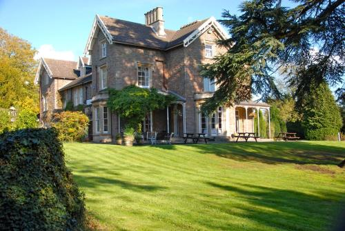 The Beeches Hotel (B&B)