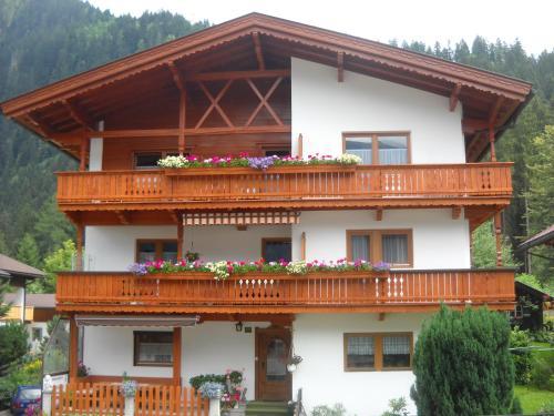 Pension Schwemberger Mayrhofen