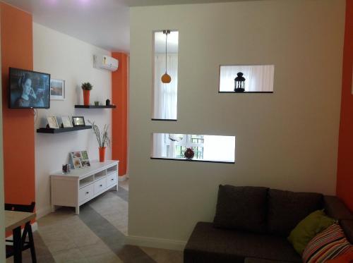 . Apartment Orange