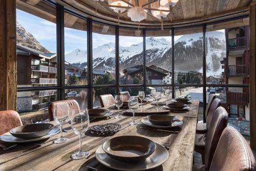 Canadienne 6 - Castor Val d Isere