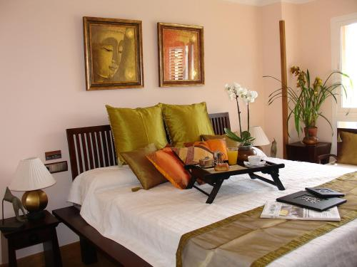 Superior Twin Room with Sea View The Marbella Heights Boutique Hotel 13