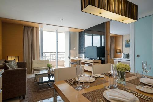 Anantara Sathorn Bangkok Hotel photo 24