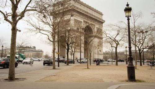 Place de l'Etoile, Wagram photo 15