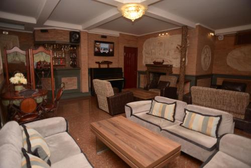Aeetes Palace Hotel - Kutaisi