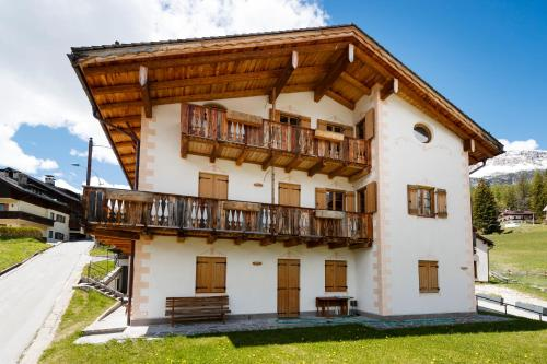 Hotel Chalet Ronco - Stayincortina