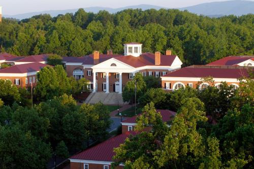 University of Virginia Inn at Darden Foto principal