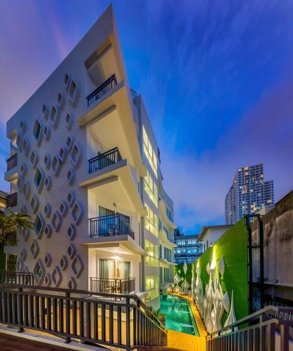 Anajak Bangkok Hotel photo 30