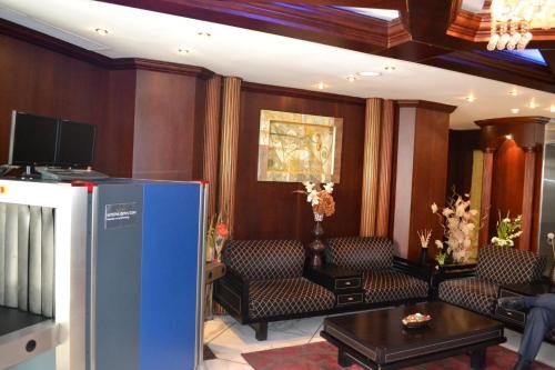 Abu Dhabi Plaza Hotel Apartments photo 7