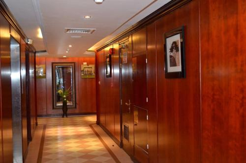Abu Dhabi Plaza Hotel Apartments photo 11