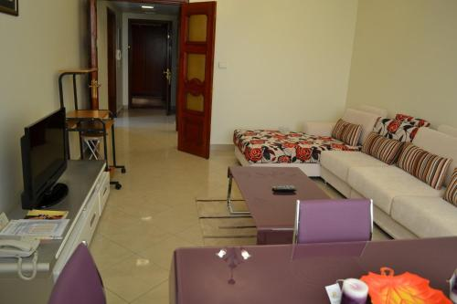 Abu Dhabi Plaza Hotel Apartments photo 13