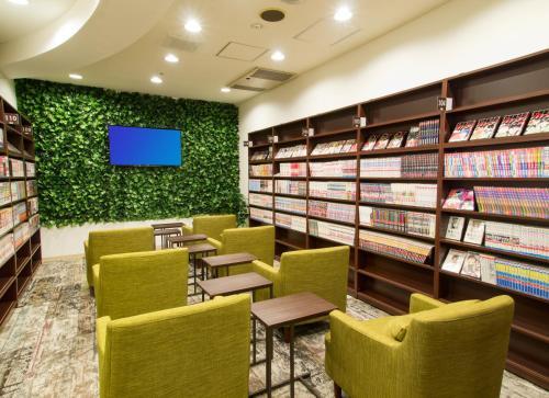 札幌科密卡普膠囊旅館