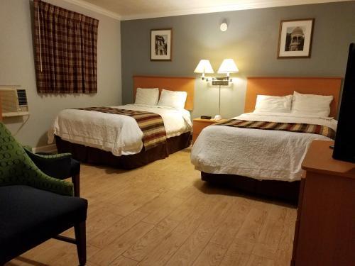 . Scottish Inn - Okeechobee