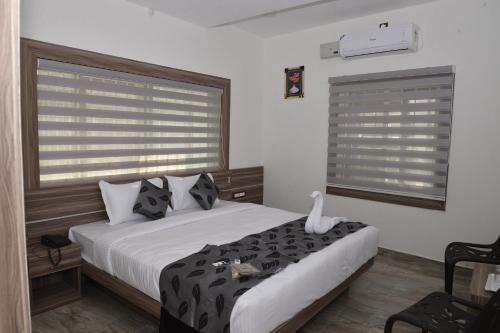. Suroor Tourist Home
