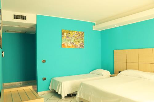Bilik Superior Triple dengan Pemandangan Laut (Superior Triple Room with Sea View)