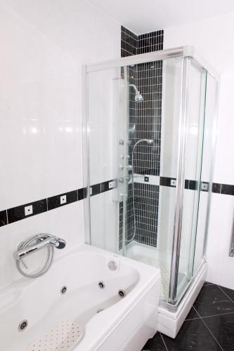 Apartman studio SONAS 2 - Karlovac - book your hotel with