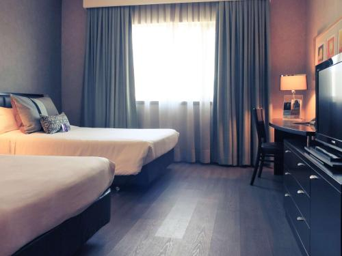 Executive Double Room with Two Double Beds and Panoramic View