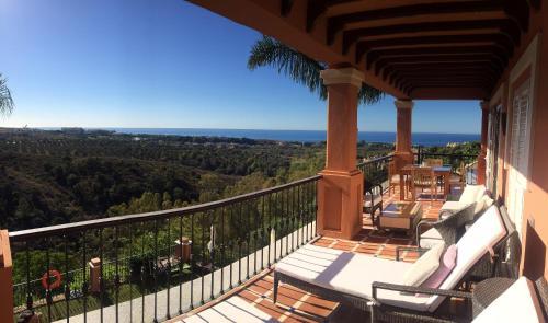 Suite Superior con vistas al mar The Marbella Heights Boutique Hotel 10