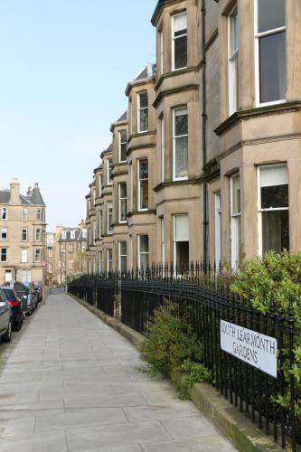 South Learmonth Gardens Apartment - Edinburgh