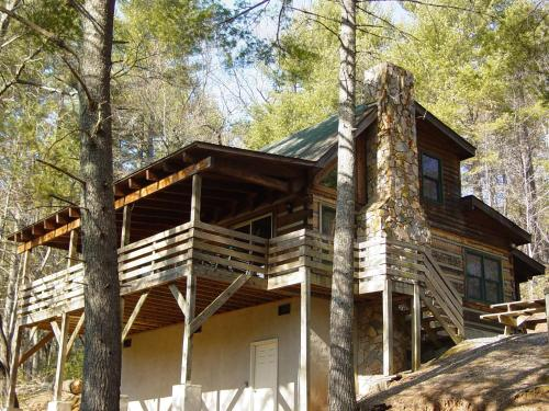 Deer Run - Secluded Natural Wooded Setting - near Boone, NC