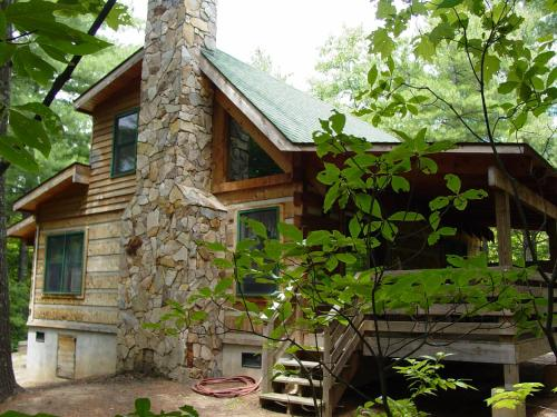Pine Crest - Secluded on Knoll Top - Near Boone, NC & Blue Ridge Parkway