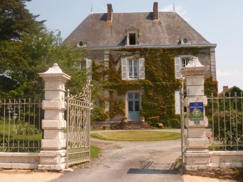 Le Logis - Chambre d'hôtes - Les Pineaux