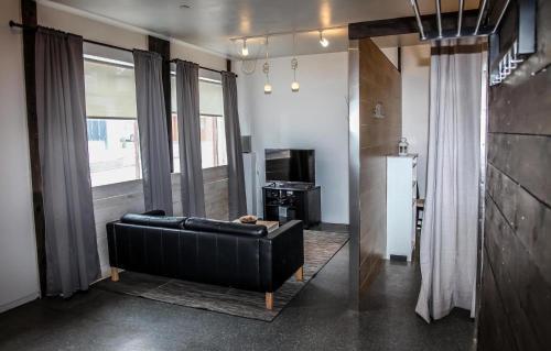 Lava Apartment