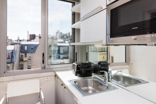 Saint-Honoré apartment photo 12