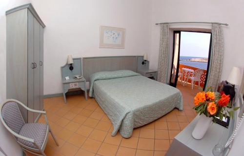 Comino Hotel rum bilder