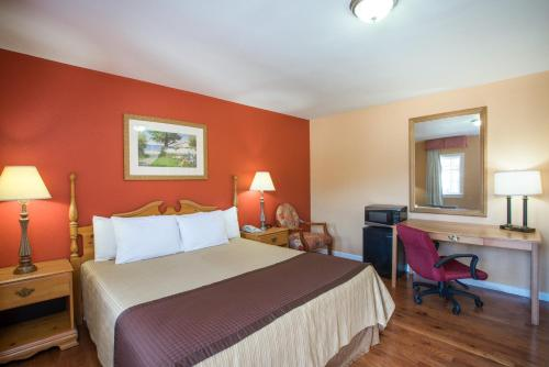 Knights Inn Knoxville Harpers Ferry - Knoxville, MD 21758