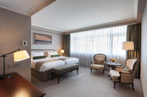 Marco Polo Hongkong Hotel Номер Делюкс с кроватью размера «king-size» или 2 отдельными кроватями