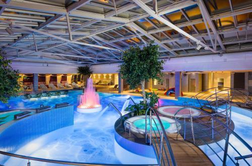 . V Spa & Conference Hotel