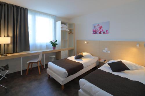 Hotel Paris Saint-Ouen - Hôtel - Saint-Ouen