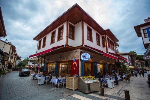 Antalya Kervan Boutique Hotel tek gece fiyat
