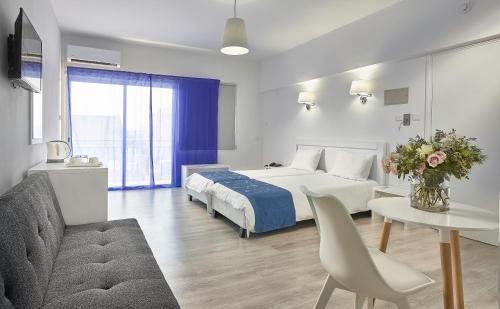 HotelMikes Kanarium (Kosher) City Hotel
