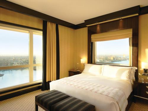 Deluxe Nile Suite King