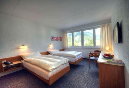 . Hôtel Oasis
