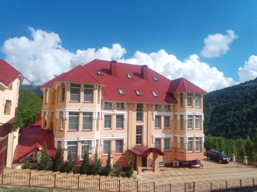 Gorny Khrustal Apart-hotel - Accommodation - Krasnaya Polyana