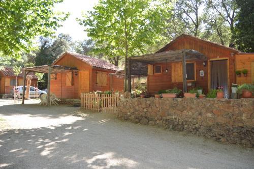 HotelCabañas Camping Sierra de Peñascosa