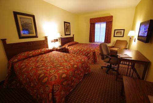 Mountain Inn & Suites Airport - Hendersonville, Henderson