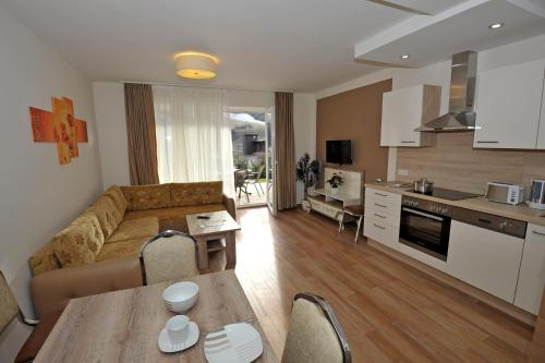 Sunshine Apartments - Great Mountain View Schladming