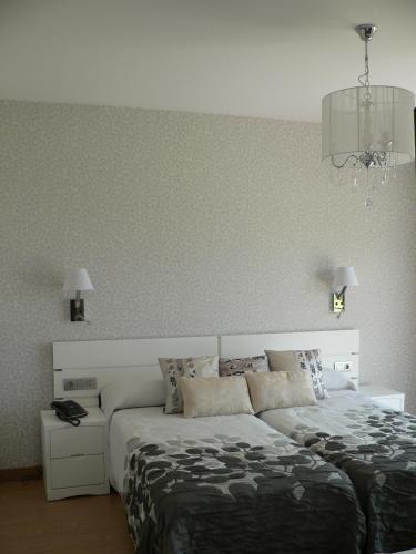 Double or Twin Room with Sea View Hotel Naturaleza Mar da Ardora Wellness & Spa 42